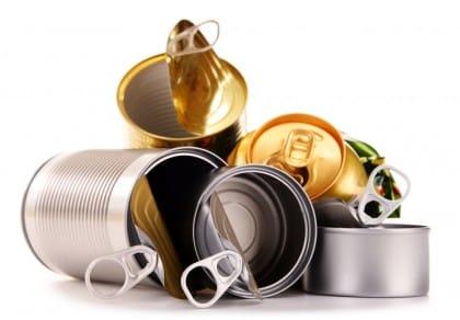 Riciclo lattine e contenitori in alluminio