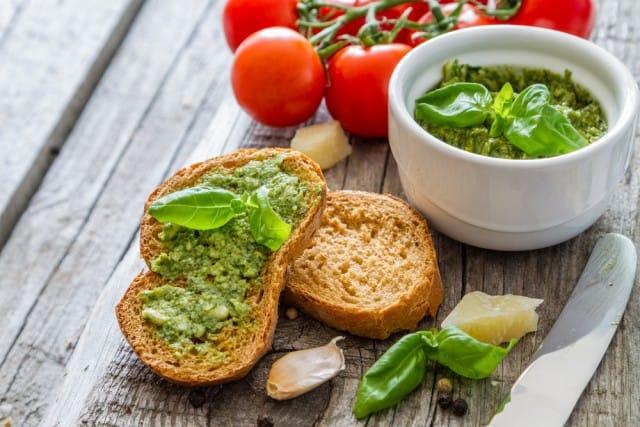 ricette-per-bruschette-veloci-estive-saporite-sfiziose (6)