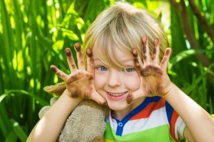 Giochi per bambini piccoli da fare in estate