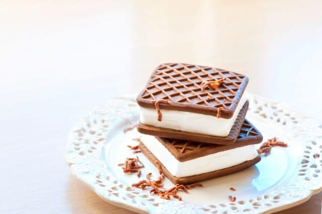 ricetta-gelato-biscotto-fatto-in-casa (3)