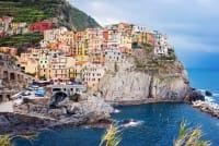 Vacanze a Ferragosto: idee per un viaggio low cost in città, al mare o in montagna