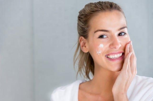I trattamenti di bellezza da fare dopo le vacanze, per una pelle sana e luminosa