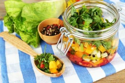Giardiniera di verdure: la ricetta originale e le sue varianti
