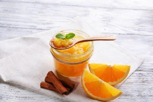 Marmellata di arance: la ricetta per prepararla in casa. Provatela anche con i formaggi