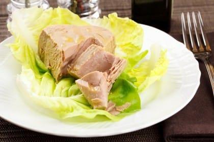 La ricetta del tonno sott'olio, una conserva gustosa e semplice da preparare