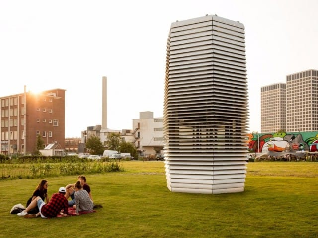 A Rotterdam la torre che aspira lo smog