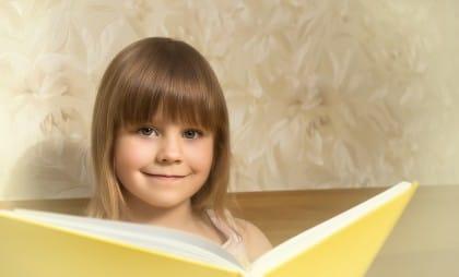 Racconti ai bambini: più storie aiutano a sviluppare la creatività