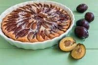 Torta di prugne speziata alla cannella, l'ideale per una colazione energetica e nutriente