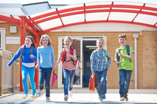 L'iniziativa di una scuola scozzese per combattere la sedentarietà e l'obesità infantile