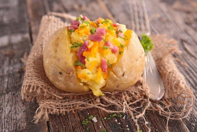 ricetta-patate-farcite-forno (1)