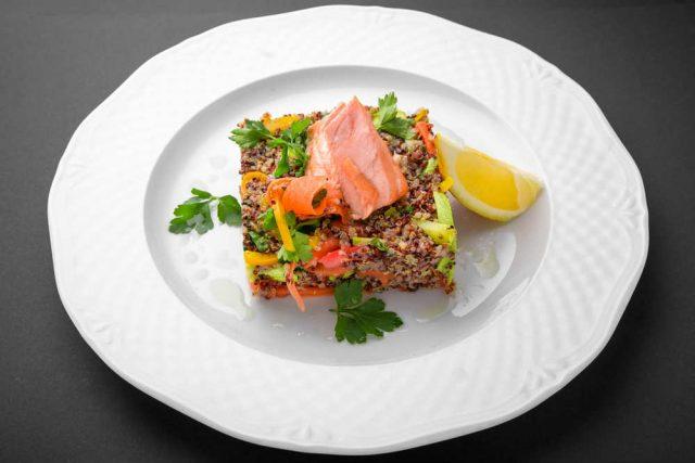 ricette quinoa pesce polpette insalata