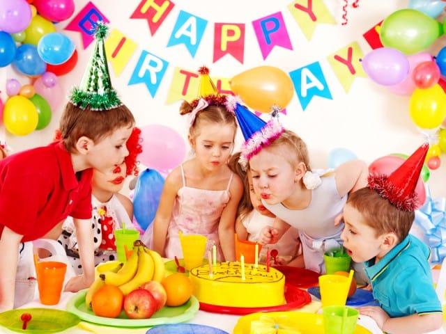 Ben noto Feste di compleanno gratis Milano AZ87