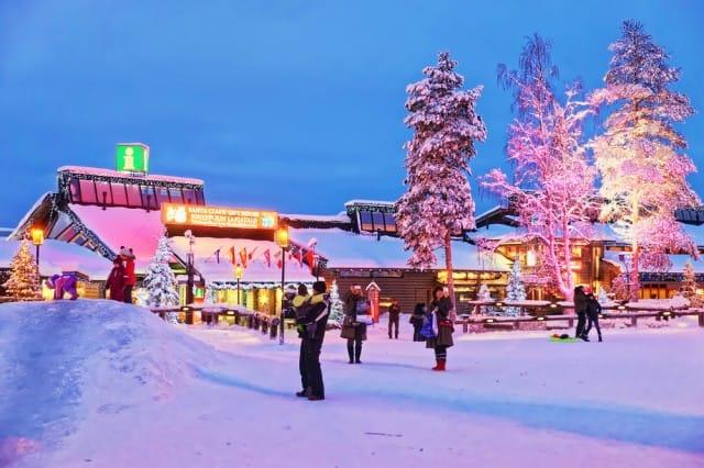 Dove andare in vacanza a Natale: tante idee sui luoghi più belli, in Italia e all'estero