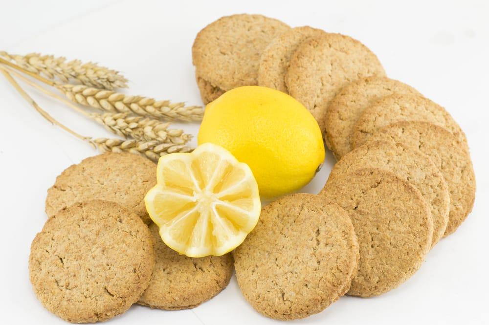 Ricetta biscotti integrali dietetici non sprecare for Dolci dietetici