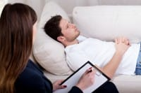 Ipnosi, il migliore rimedio naturale per ridurre l'intensità del dolore