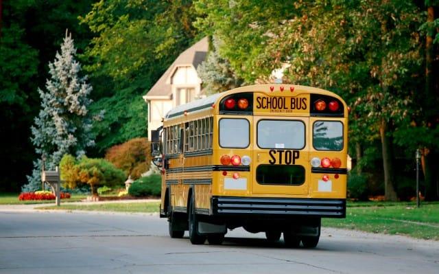 Donare un vecchio autobus di Cortina a una scuola di Cuba: l'idea di Papa Francesco