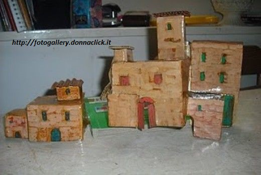 Presepe fai da te con materiale di riciclo non sprecare for Costo materiale per costruire una casa