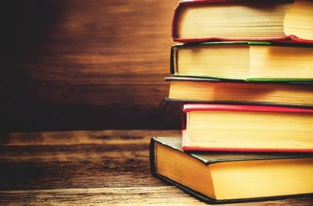 Leggere fa bene al cervello. Un potente massaggio ai neuroni