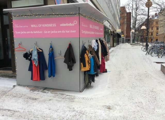 muri gentilezza iran abiti usati aiutare poveri