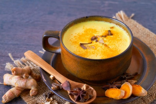 ricetta-golden-milk-latte-oro-curcuma (1)