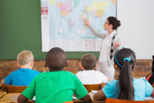 bonus-scuola-insegnanti-decisione-sindacati-640x427.jpg