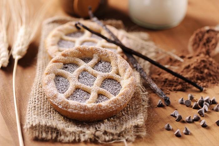 Crostatine al cioccolato: la ricetta per prepararle in casa insieme ai bambini