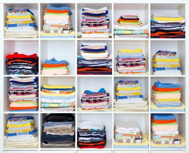 Come pulire interno armadio non sprecare - Come sistemare l interno dell armadio ...