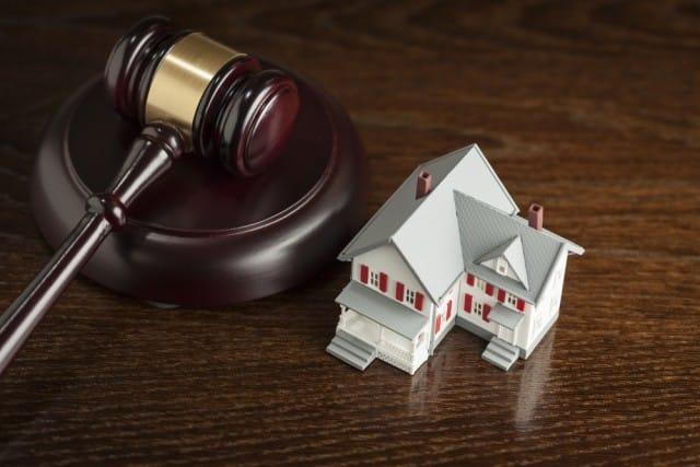 Pignoramenti facili: se non paghi il mutuo la banca si prende subito la tua casa