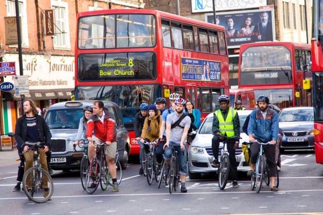 mobilita-sostenibile-londra-aumento-ciclisti-diminuzione-automobili (2)