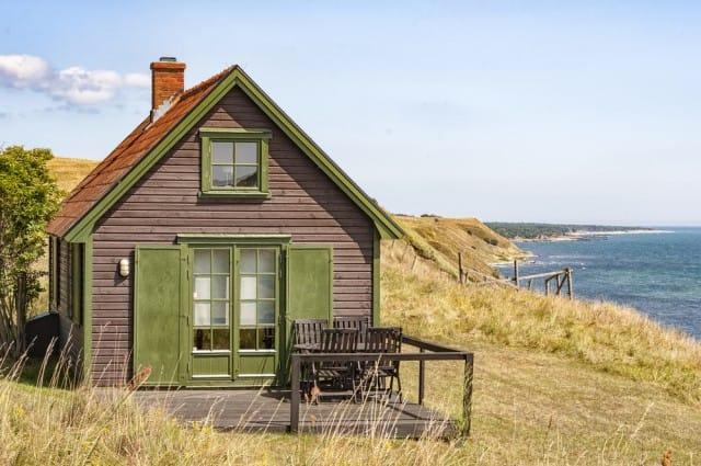 case sostenibili in italia non sprecare. Black Bedroom Furniture Sets. Home Design Ideas