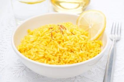Risotto al limone, la ricetta per preparare un piatto nutriente e sano