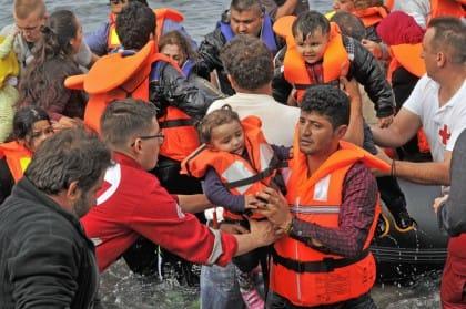 Sbarchi in Italia, per gli immigrati bisogna puntare sui piccoli comuni