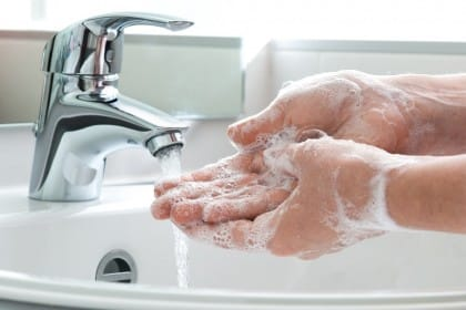 lavarsi troppo fa male alla salute