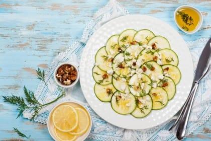 Carpaccio di zucchine, la ricetta giusta per farlo in appena venti minuti