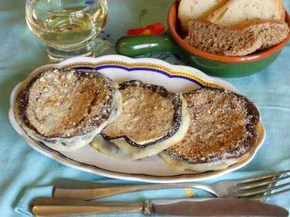 Sandwich di melanzane, la ricetta semplice da preparare al forno con scamorza e curcuma