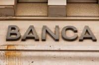 Banche dei corrotti, le abbiamo salvate. Ma loro pagheranno il conto? No, a quanto pare