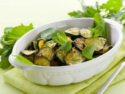 ricetta insalata di zucchine