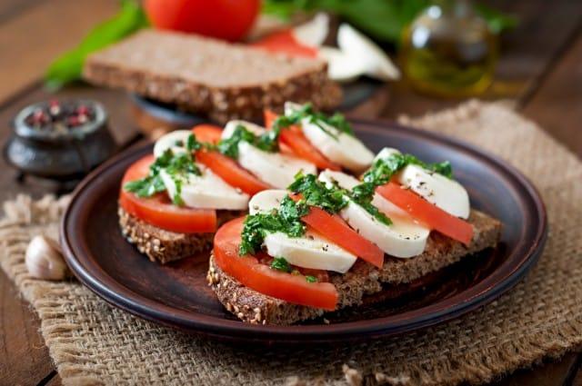 ricette con mozzarella una raccolta di piatti estivi nutrienti semplici e veloci da preparare