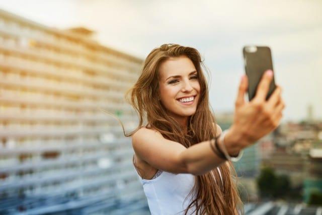 cause-narcisismo-patologico-sindrome-selfie-instagram (2)