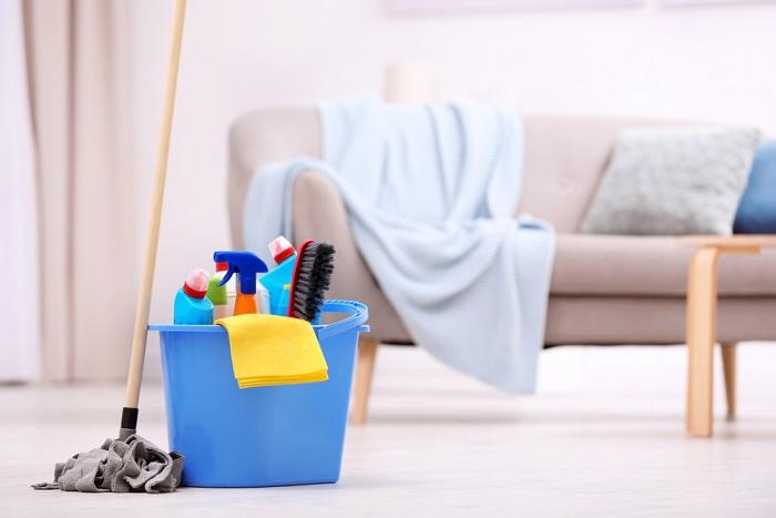 come pulire casa al rientro dalle vacanze