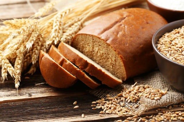 La vergogna dello spreco del grano italiano: lo paghiamo una miseria e lo importiamo (scadente)