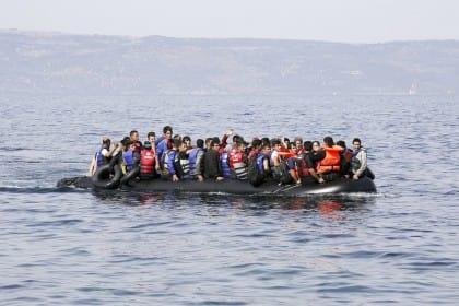 I migranti ci hanno dato il mondo (Adolfo Nicolás)