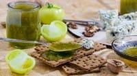 Marmellata di pomodori verdi, una ricetta originale e deliziosa, da gustare con i formaggi