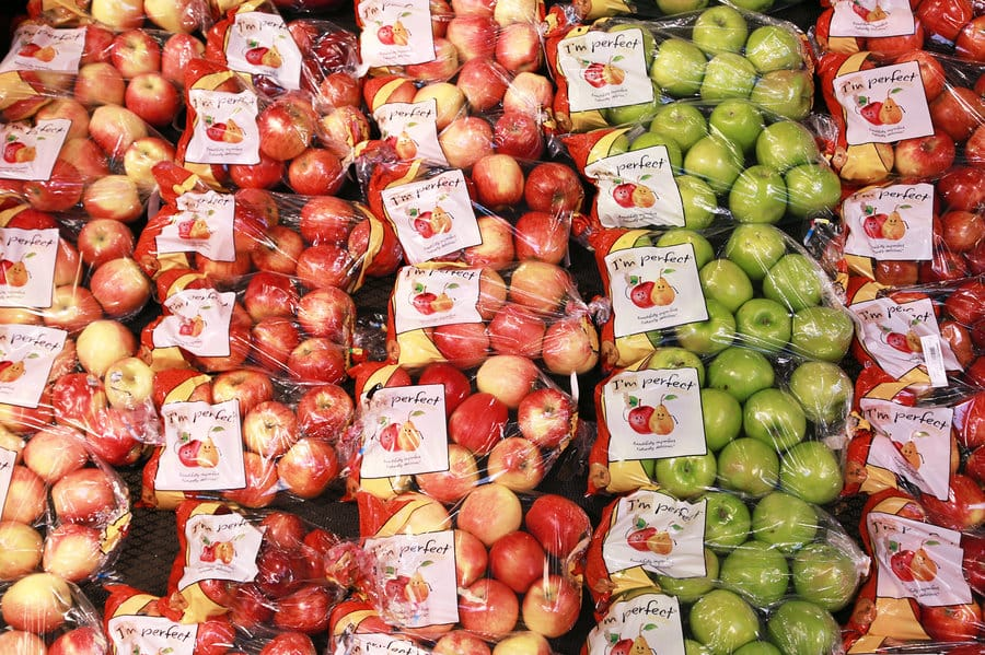vendita frutta brutta