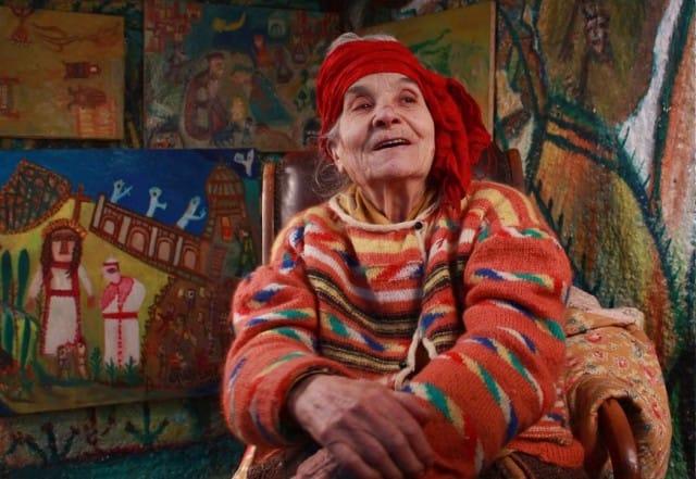 Dai pascoli sardi alle gallerie d'arte, la storia della novantaduenne Bonaria Manca (foto)