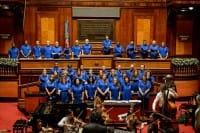 Coro Papageno, i detenuti del carcere di Bologna cantano con i volontari. Nel nome di Abbado