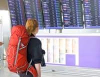 Giovani che emigrano in massa: non è giusto invitarli a Non tornare. Piuttosto, alzino la voce con padri e nonni