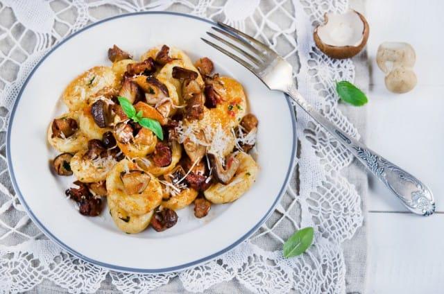 ricetta-gnocchi-con-funghi (2)