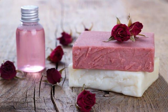 sapone-idratante-naturale (1)