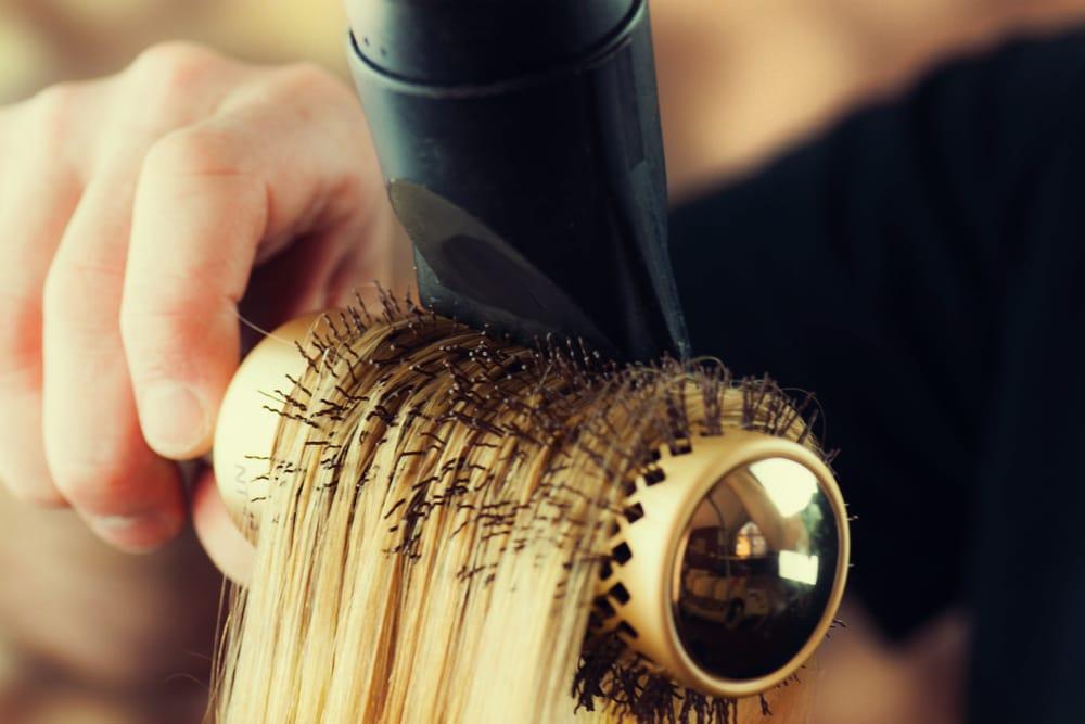 come-rinforzare-capelli-in-modo-naturale (2)